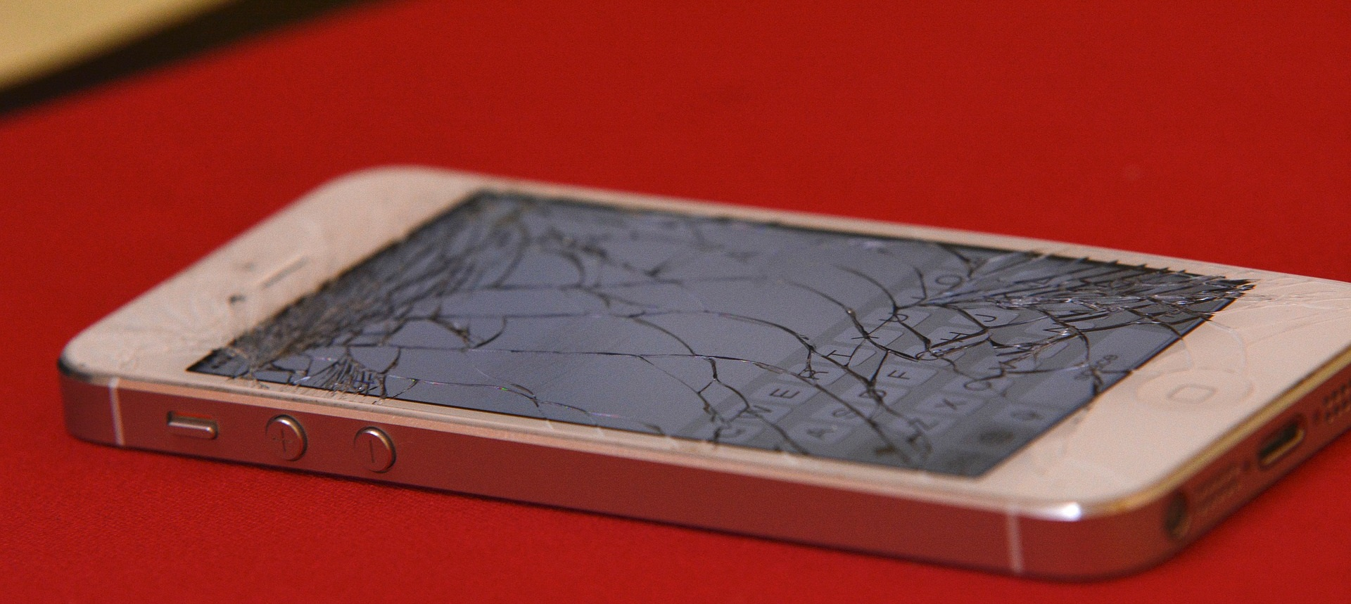 places that fix iphone screens for cheap the best iphone repair shops in toronto orchard 20517