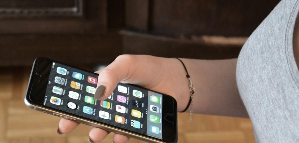 iPhone 6 Plus use more data