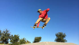 iphone 5s skateboarder doing tricks
